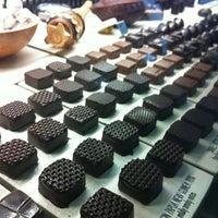 Foto tirada no(a) SOMA chocolatemaker por Karim R. em 7/13/2012