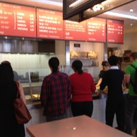 Photo taken at Chipotle Mexican Grill by Carlitos' W. on 7/17/2012