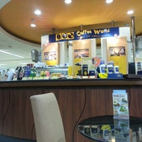 Photo taken at Coffee World by Kung T. on 7/29/2012
