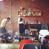 Photo taken at Communitea by Veronica C. on 8/18/2012