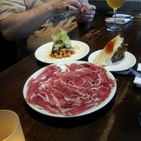 Foto scattata a Bar Jamon da Chris L. il 6/2/2012