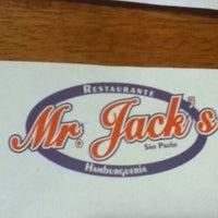Foto diambil di Mr. Jack's oleh Carlos Fernando R. pada 2/25/2012