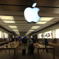Photo taken at Apple Pacific Centre by Sergio G. on 9/6/2012