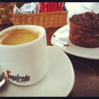 Foto tirada no(a) Café 18 do Forte por Rafael C. em 6/21/2012