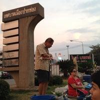 Photo taken at Night Bazaar Market by Sukkamon S. on 4/3/2012