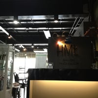 Photo taken at HML Salon Thonglor @The Grass Project by Worawit A. on 5/7/2012
