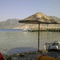 Foto scattata a Mavi Deniz da Cansu M. il 8/10/2012
