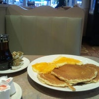 Photo taken at Avenue Diner by Shea R. on 3/8/2012