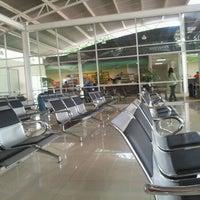 Foto tomada en Terminal de Autobuses Nuevo Milenio de Zapopan por Richi D. el 7/21/2012
