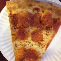 Photo taken at Zeffiro New York Pizza by Nicholes C. on 8/3/2012