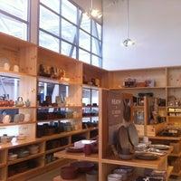 Photo prise au Heath Ceramics par timoni w. le8/6/2012