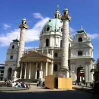 6/26/2012 tarihinde Valentina C.ziyaretçi tarafından Karlskirche'de çekilen fotoğraf