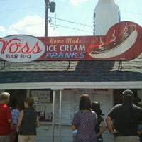 Photo taken at Voss's Bar-B-Q by Gene Y. on 9/3/2012
