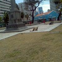 Das Foto wurde bei Praça de Boa Viagem von Victoria S. am 9/11/2012 aufgenommen