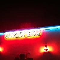 9/4/2012 tarihinde Tolga Y.ziyaretçi tarafından Castle Bar'de çekilen fotoğraf