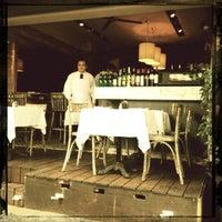 Foto tomada en Rocco & Simona Pizza al Forno por Rana R. el 8/5/2012