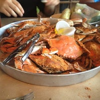Photo taken at Woody's Crab House by Patricia F. on 8/31/2012
