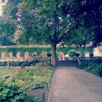 Das Foto wurde bei Körnerpark von Eva am 8/24/2012 aufgenommen
