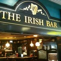 Снимок сделан в The Irish Bar пользователем Olga K. 4/25/2012