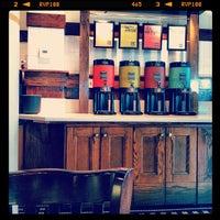 Photo prise au Corner Bakery Cafe par Vincent S. le3/16/2012