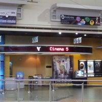 Foto tomada en SM Cinema San Lazaro por Raymond M. el 8/4/2012