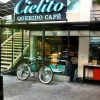 Photo taken at Cielito Querido Café by DiegoCL on 5/11/2012