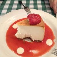 Foto tomada en Italianni's Pasta, Pizza & Vino por Karla T. el 7/24/2012