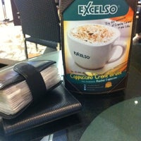 Photo taken at EXCELSO by Harry S. on 7/25/2012