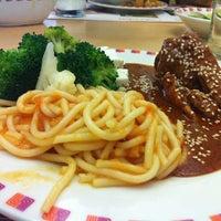 Photo taken at Liverpool Restaurant by Brianda V. on 3/3/2012
