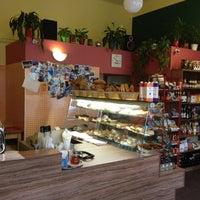 Photo taken at Cafe Vescovi by Jan V. on 2/23/2012