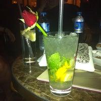 5/2/2012 tarihinde Gamzeziyaretçi tarafından Lounge Bar'de çekilen fotoğraf