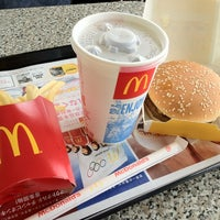 Photo taken at McDonald's by りっち on 5/3/2012