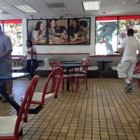 Photo taken at Burger King by Markimark M. on 7/23/2012