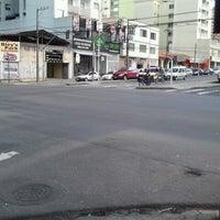 Photo taken at Rua 24 de Maio by Fabricio O. on 8/29/2012