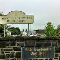 Photo taken at Old Bushmills Distillery by Yohei N. on 7/18/2012