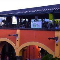 Foto tomada en Cilantro y Perejil por Luciano d. el 4/29/2012