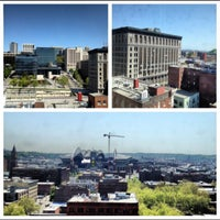 Photo taken at Courtyard Seattle Downtown/Pioneer Square by Gagan D. on 5/11/2012