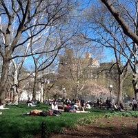 Photo taken at Organic Avenue by Mari G. on 4/4/2012