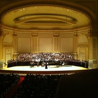 Foto scattata a Carnegie Hall da ✨Glorious✨ S. il 3/19/2012