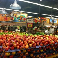 Photo taken at Sprouts Farmers Market by Stephen M. on 9/1/2012