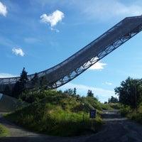 Das Foto wurde bei Holmenkollbakken von Marcin W. am 8/19/2012 aufgenommen