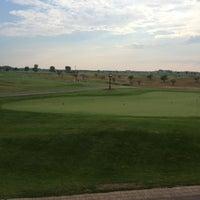 Foto tomada en Bolingbrook Golf Club por Adam N. el 7/29/2012
