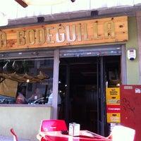 Foto tomada en Bar La Bodeguilla por @miguelmedina79 el 8/16/2012