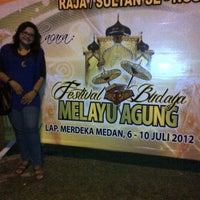 Photo taken at Festival Budaya Melayu Agung Kota Medan 2012 by Dimitra Q. on 7/8/2012