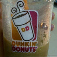 Photo taken at Dunkin' Donuts by Chika N. on 7/14/2012