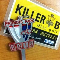 Foto tirada no(a) Patriots Park Disc Golf Course por John B. em 6/1/2012