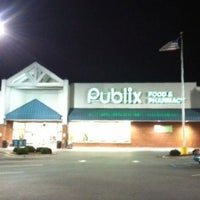Photo taken at Publix by Thomas C. on 8/17/2012