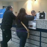 Das Foto wurde bei Banco De Chile von Freddy C. am 4/25/2012 aufgenommen