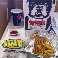 Photo taken at Spike's Junkyard Dogs by General M. on 8/30/2012