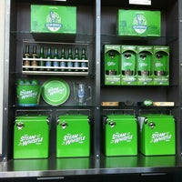 Photo prise au Steam Whistle Brewing par Bianca R. le4/7/2012